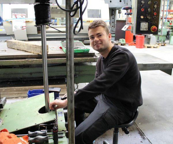 Service og vedligehold af bearbejdningsmaskiner