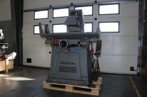 bast-co-50-aar-gammel-maskine-praesenteres-paa-messe-for-vaerktoej-og-ny-teknologi
